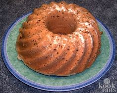 On a snowy & blustery day, you'll be glad to know how to bake Winter Spice Cake. Not to mention, we serve this cake with a Hot Cake Sauce - absolutely divine! Dutch Recipes, Baking Recipes, Sweet Recipes, Candied Orange Peel, Spice Cake, Gluten Free Cakes, Food Reviews, Kid Friendly Meals, Winter Food