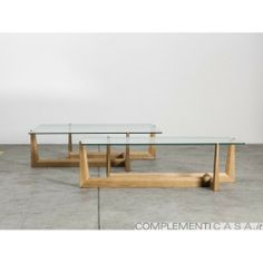 Tavolino da caffè Gaudo in legno massello e vetro di Miniforms