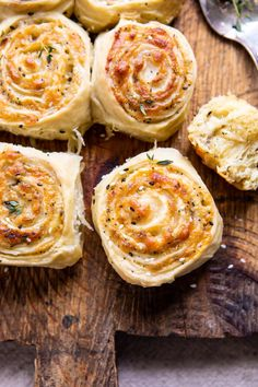 Herby Everything Cheddar Swirl Buns