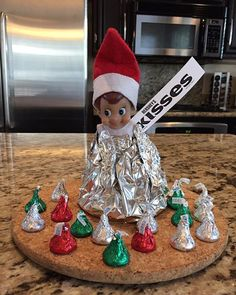 Day 21: Elf kisses! #jacktheelfadventures #elfontheshelfideas #elfontheshelf #elfontheshelf2015 Candy Cane, Holiday Decor, Home Decor, Elf On The Shelf, Shelves, Homemade Home Decor, Shelving, Barley Sugar, Interior Design
