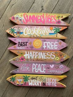 Scrap Wood Crafts, Wooden Crafts, Diy And Crafts, Ibiza Party, Bohemian Christmas, Homemade Signs, Fun Signs, Wall Signs, Diy Wood Signs
