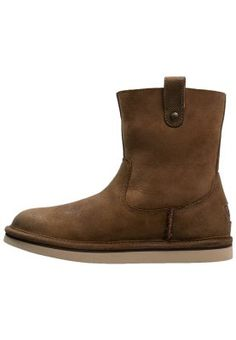 SEQUOIA - Korte laarzen - chestnut - ugg australia Ugg Australia, Chelsea Boots, Uggs, Wedges, Ankle, Om, How To Wear, Shoes, Fashion