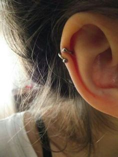Pretty I kinda want this ear piercing now