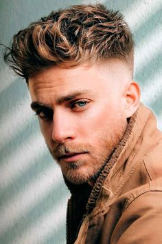 Need some inspiration on haircuts for men with thick hair? You will find it here. In the following guide, we put together shorts, long and medium lengths haircuts ideas for guys with angular and rounds faces, whether they have curls or wavy locks. #menshaircuts #menshairstyles #thickhair #thickhairmen Men Haircut Curly Hair, Male Haircuts Curly, Blonde Curly Hair, Black Curly Hair, Tapered Haircut Men, Trendy Boys Haircuts, Haircuts For Men, Men's Haircuts, Taper Fade Curly Hair