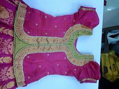 Best 11 Blouse design – Page 574349758720321379 – SkillOfKing.Com – SkillOfKing. Churidhar Neck Designs, Kids Blouse Designs, Blouse Neck Designs, Dress Designs, Kids Dress Wear, Kids Gown, Kids Wear, Baby Girl Dress Patterns, Baby Girl Dresses