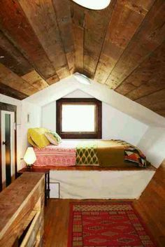 Little attic bed