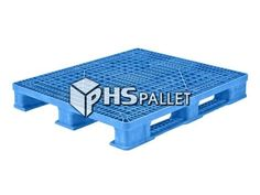 """The STK 220 is a stackable pallet made from a black, reinforced PE/PP/FM plastic blend. The materials in this model have been approved by the FDA and will not absorb any acids, solvents, odors, fats, water, or bacteria. This model is designed to be washed and reused. This means that the STK 220 is a great option for transporting pharmaceuticals as well as food. This is a one-piece pallet with 4-way entry access that measures 48"""" x 40"""" x 6.25"""" and weighs 43 lbs. Dimensions and features of… Plastic Pallets, Picnic Table, Reuse, Transportation, Water, Model, Black, Food, Design"""