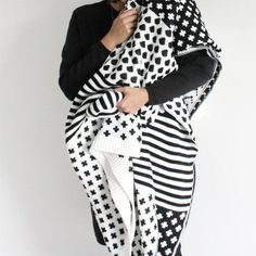 How beautiful is this wool blanket by MadeFair? http://lucurat.es/1Ul7njB