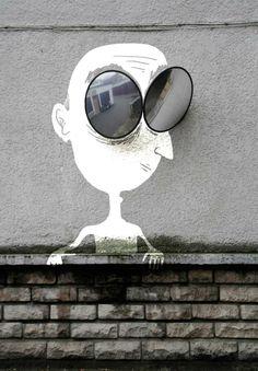Sandrine Estrade. http://www.sandrine-estrade-boulet.com