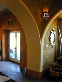 strawbale interior archway!!!