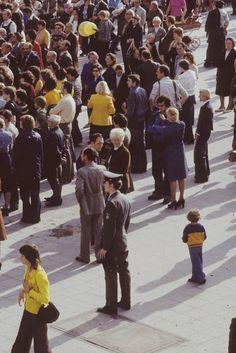 DDR. Berlin-Mitte, Alexanderplatz. Teilnehmer an einer Massenveranstaltung | Bild: Danigel, Gerd (Fotograf) (1986) | Deutsche Fotothek