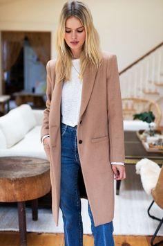 Fall style Camel Coat Outfit, Long Coat Outfit, Coats For Women, Clothes For Women, Winter Coats Women, Work Clothes, Tailored Coat, Outfits Damen, Look At You