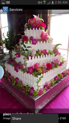 I love the square cake as opposed to the typical round fence cakes Elegant Wedding Cakes, Beautiful Wedding Cakes, Gorgeous Cakes, Pretty Cakes, Amazing Cakes, Cake Wedding, Perfect Wedding, Unique Cakes, Creative Cakes