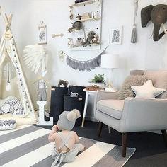 Adorable Gender Neutral Kids Bedroom Interior Idea (14)