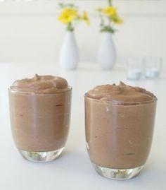 Superlækker chokolademousse med kun to ingredienser: vand og chokolade