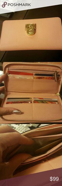 Michael Kors Walet Pink Michael Kors wallet gently used!@ Michael Kors Accessories Key & Card Holders