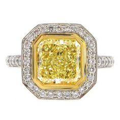 Platinum Fancy Yellow Diamond Ring With 18kt Yellow Gold Bezel 2.99ct