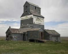 CANADA | Abandoned wooden grain elevator at Fusilier, Saskatchewan | Photo by Shaun P. Merrigan, (c) 2008