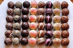 Find images and videos about food, sweet and chocolate on We Heart It - the app to get lost in what you love. Chocolate Sweets, Chocolate Shop, Chocolate Truffles, Chocolate Recipes, Chocolate Covered, Homemade Sweets, Homemade Candies, Homemade Chocolates, Candy Recipes