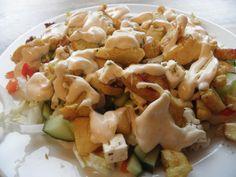 Dette er en av de beste kyllingrettene jeg noen gang har smakt!! Oppskriften fant jeg på den svenske nettsiden LCHF-recept.se og jeg deler ... Lchf, Keto, Pasta Salad, Food And Drink, Low Carb, Cooking Recipes, Gluten Free, Dinner, Ethnic Recipes