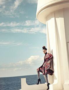 """Lee Young Jin in """"British Classic"""" byLee SeungyeopforHarper's Bazaar Korea,November 2012"""