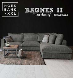 Hoekbank Bagnes II in de kleur donker grijs. Het is een grote moderne hoekbank met losse kussens en een longchair rechts. De stof is in verschillende kleuren verkrijgbaar. De hoekbank is configureerbaar zodat het perfect in uw woonkamer staat. | HoekbankXXL