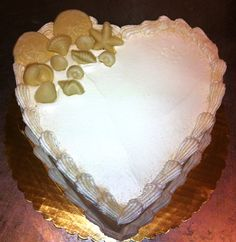 Heart shaped anniversary cake by Mueller's Bakery