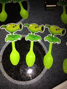 Plants vs. Zombies Party- Pea Shooter Spoons