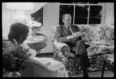 President Gerald Ford and First Lady Betty Ford in the living quarters of the White House, Washington, D. Old Photographs, Old Photos, Nelson Rockefeller, Betty Ford, King Jr, Us Presidents, Lynch, Pennsylvania, American History