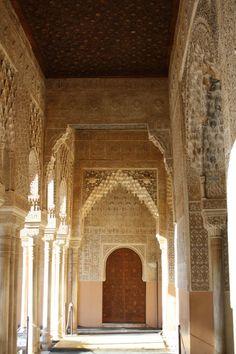 Alhambra de Granada. Icono arquitectónico del Mudéjar.