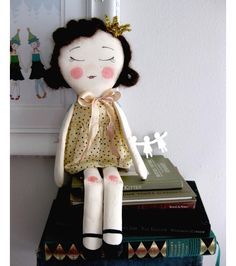 Free Simple Doll Patterns | May 27th, 2010 | By Jen in Sewing | 20 Comments »