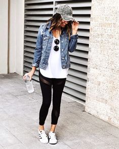 Cute outfits with leggings, casual leggings outfit, leggings fashion, add. Outfits Leggins, Cute Outfits With Leggings, Leggings Fashion, Outfit Jeans, Casual Leggings Outfit, Black Leggings Outfit Summer, Black Pants, Outfits With Jeans, Patterned Leggings Outfits