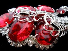 Vintage High End Hobe Brooch Red Rhinestone Prong Set Jewelry Pin Estate