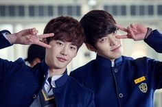 It's not unusual for top actors and actresses of the same generation to breach their onscreen rivalry for the same roles to a offscreen real friendship. A few come to mind that includes Lee Jong Seok and Kim Woo Bin, … Continue reading → Park Seo Joon, Doctor Stranger, School 2013, Yoo Ah In, Kim Woo Bin, Acting Career, Lee Jong Suk, Gong Yoo, Korean Actors