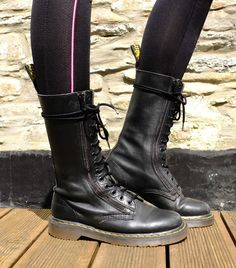 DR MARTENS 9733 Twin Zip 14 Eyelet Calf High Black Boots Doc Martens, Size UK 6
