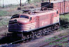 Locomotiva V8 nº 6381 Fepasa em Jundiaí, 1989