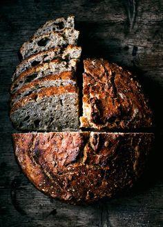 No knead sourdough honey, oats, and whole wheat spelt flour bread Spelt Sourdough Bread, No Knead Bread, Sourdough Recipes, Flour Recipes, Bread Recipes, Whole Food Recipes, Pain Au Levain, Whole Wheat Bread, Whole Wheat Sourdough