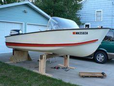 Sport Boats, Ski Boats, Cool Boats, Cabin Cruiser Boat, Classic Boat, Vintage Boats, Boat Stuff, Power Boats, Paint Schemes