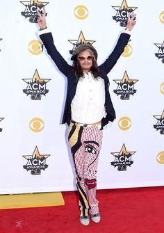 Pin for Later: Seht Taylor Swift, Nick Jonas und alle anderen Stars bei den ACM Awards Steven Tyler