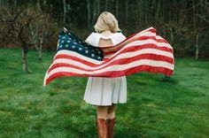 Patriotic Bride Holding American Flag   photography by http://danielcruzphoto.com/