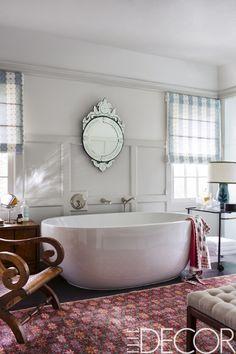 Chic bathroom decor bohemian room decor, bohemian bathroom и rustic Gorgeous Bathroom, Hollywood Hills Homes, Relaxing Bathroom, Vintage Bathroom, Bohemian Room Decor, Hollywood Homes, Chic Bathrooms, Chic Bathroom Decor, Eclectic Bedroom