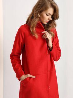 """Damski płaszcz Troll z kolekcji jesień-zima 2016.<br><br>Efektowny damski płaszcz w soczystych kolorach. Modny i stylowy, zapinany asymetrycznie na suwak i zatrzaski. Oryginalna odmiana od tradycyjnych płaszczy w spokojnych kolorach. Płaszcz dostępny w kolorze czerwonym (TPZ0106CE) i granatowym (TPZ0106GR). <br><br>Modelka ma 179 cm wzrostu i prezentuje rozmiar S.<span style=\""""font-style:italic\""""> Troll, High Neck Dress, Dresses, Fashion, Turtleneck Dress, Vestidos, Moda, Fashion Styles, Dress"""