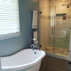 Awesome #remodledBathroom of the day.  Maybe these folks learned the smart way because they attended the last #AthensREIA meeting. #MasterBath. #Fancy #RenoWinner #winning #DoItRight