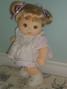 Mattel My Child Aussie 6R2 Ash Double Ribbons Brown Eyes Peach Makeup NUDE doll
