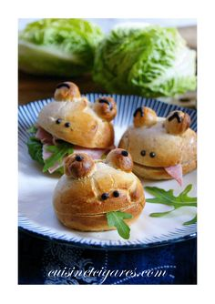 Pretzel with 4 cheeses - Clean Eating Snacks Japanese Sweets, Japanese Food, Veg Recipes, Summer Recipes, Japanese Sauce, Food Art For Kids, Snacks Sains, Savoury Baking, Bread Bun