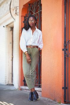Brunching Has Never Looked THIS Good #refinery29  http://www.refinery29.com/68064#slide7  Name: Jessica Egbu Gig: Copywriter Waiting In Line For: NOPA What She's Wearing: Ecote shoes, Madewell pants, thrifted shirt, and Warby Parker sunglasses.