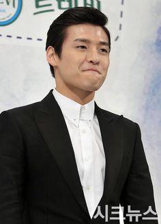Grandpas Over Flowers, Youth Over Flowers, Fly To Iceland, Kang Haneul, Men Are Men, Sung Hoon, Blue Dragon, Korean Actors, Korean Drama