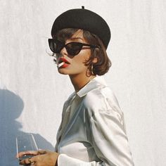 Get Short Hair Without A Haircut : French Beret outfit Sunglasses For Your Face Shape, Cat Eye Sunglasses, Sunglasses Women, Vintage Sunglasses, Sunglasses Storage, Costa Sunglasses, Summer Sunglasses, French Fashion, Look Fashion