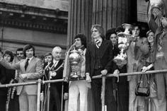 Liverpool Football Club, Liverpool Fc, Kevin Keegan, Football Photos, Football Soccer, Memories, Celebrities, Prints, Royalty