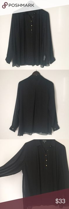 """TopShop Black Flowing Pleated Blouse Black Pleated Blouse from TopShop! Oversized and looks great with skinny jeans or leggings! Popover- has gold buttons on front chest and a collar. Sheer- needs Tank underneath. Size 6 or Medium. Runs big! Please use the measurements to determine if fit will work for you: 25"""" pit to pit, 26 1/2"""" long, sleeves 17 1/2"""" long. 100% polyester. Great condition. NO TRADES. Topshop Tops Blouses"""